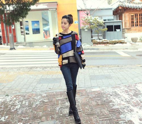 Mix quần jean và áo len chuẩn Style