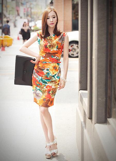 Váy ôm body mùa thu quyến rũ